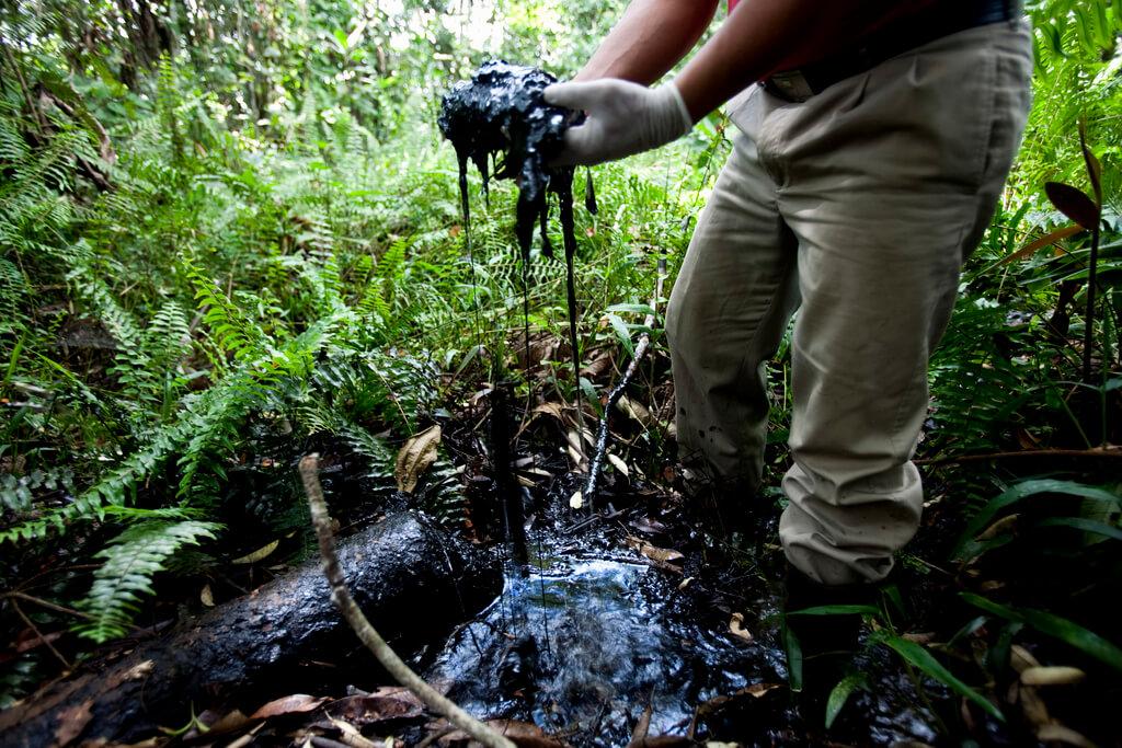 chevron-oil-pollution-ecuador-1